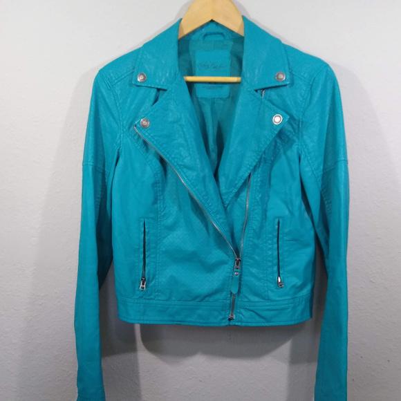 Aeropostale Jackets & Blazers - Pretty Little Liars Aeropostale Crop Moto Jacket